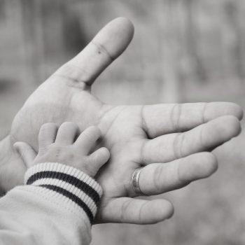 in-my-fathers-hand-1-1312139-1279×850